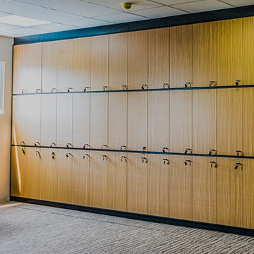 dunbraefurnitureconcepts-projects-office-lockers